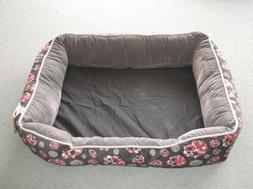 D09091609 P.L.A.Y. Pet Lifestyle and You Lounge Beds for Dog