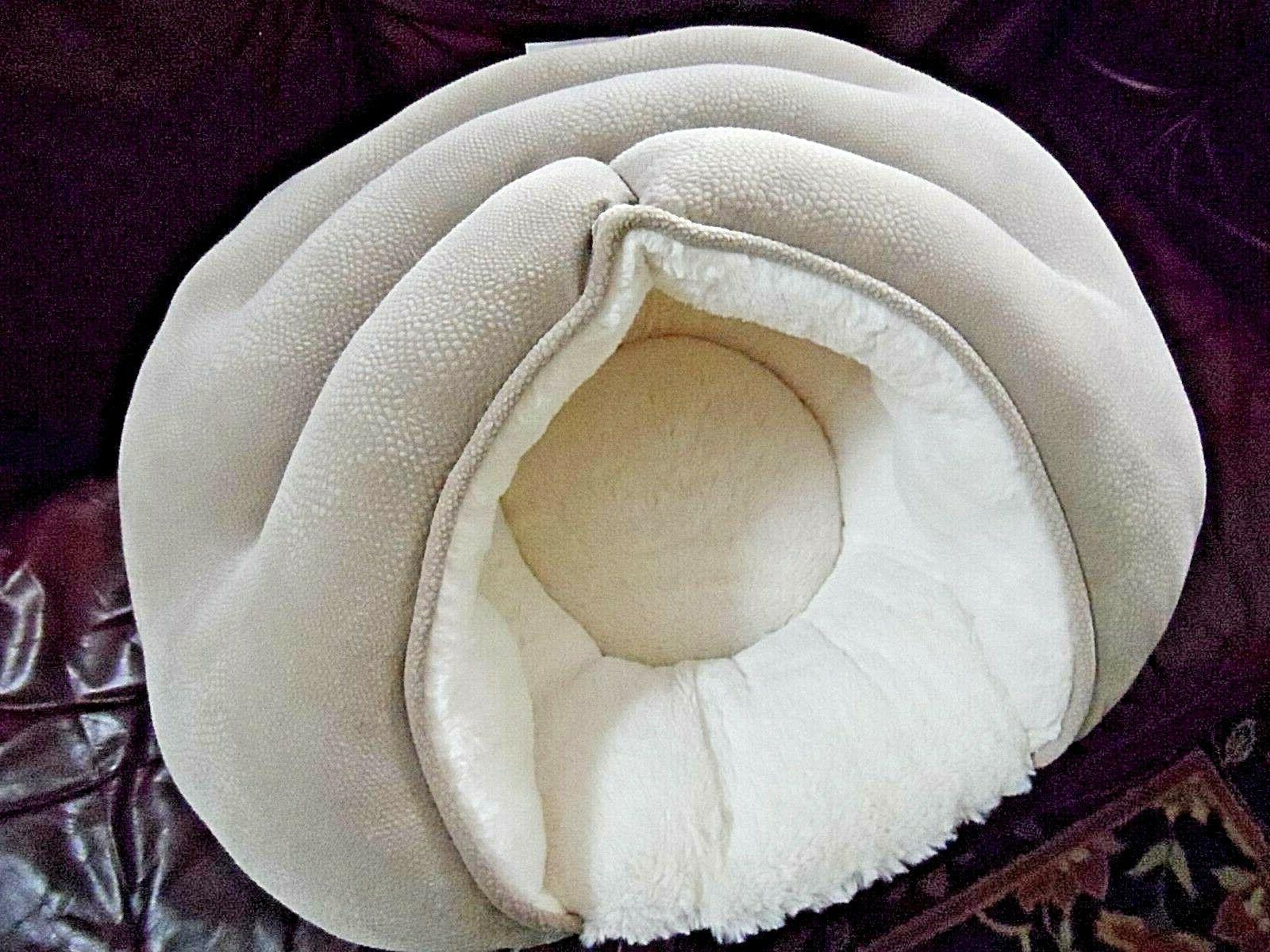 BEST FRIENDS - Pet Cave NWOT Wheat - Dog Cat Bed