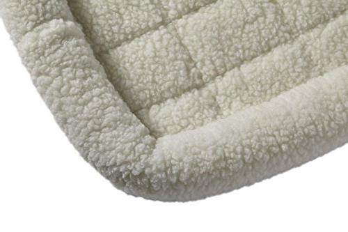 18L-Inch Fleece Bed or Bed w/ Ideal for Dog Breeds & Fits an 18-Inch Dog Crate | Easy & Dry | Warranty