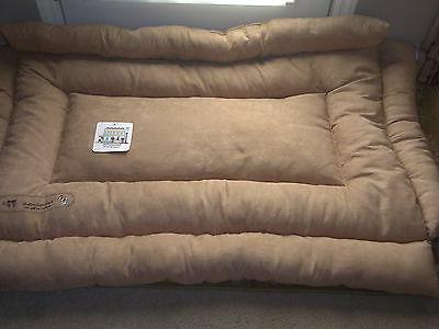 PET COMFORT BED CRATE BUNCHING FREE TOY