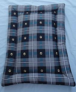 New Cotton Crate Mat Dog Bed Black & Gray Pawprint Plaid 18