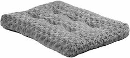 NEW Homes for Pets Plush Dog Bed   Coco Chic Dog Bed & Cat B